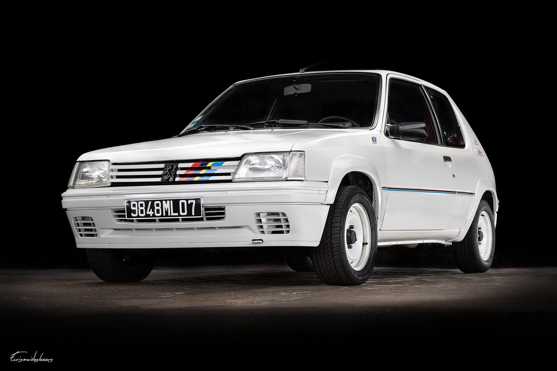 Peugeot 205 Rallye blanche
