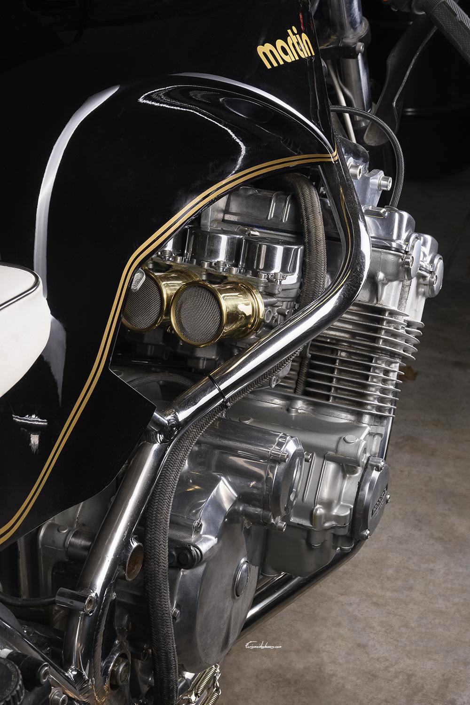 photo moteur Martin CBX 1000 sur fond noir